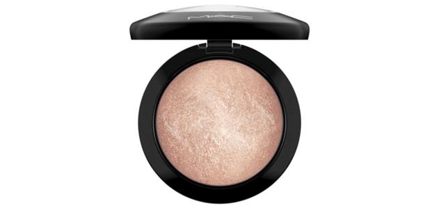 Glowing Skin Tips - Undertone